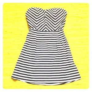 ♦️$5♦️ Nautical Navy  strapless dress size L